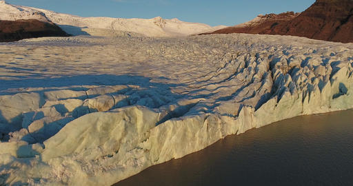 Flying Over A Glacier In Iceland 영상물