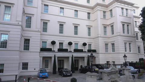 The famous and luxury Lanesborough hotel in London - LONDON, ENGLAND Live Action