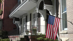 USA Virginia Norfolk stars and stripes flag at house entrance in W Freemason St Bild