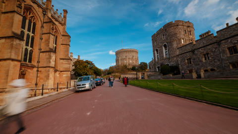 S02045 Immersive hyperlapse of a Windsor Castle tour towards the famous round Bild