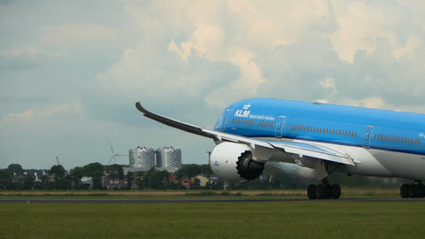 Boeing 787-9 Dreamliner of KLM airlines take off Footage