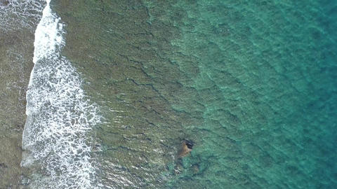 Aerial Drone Taiwan Pingtung Liuqiu Islet Flower Vase Rock 画像