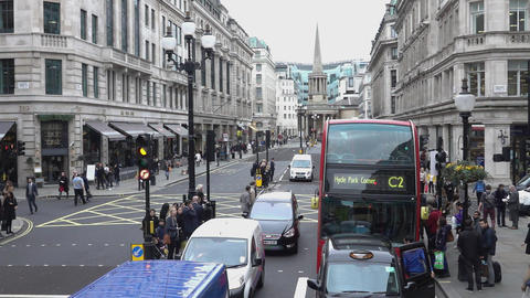 Regent Street upper area - LONDON, ENGLAND Live Action