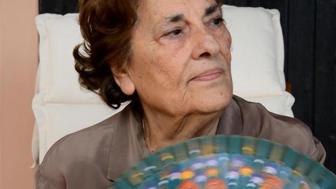 Elderly woman Stock Video Footage