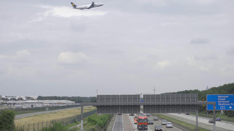 Airplane departure Frankfurt airport Live Action
