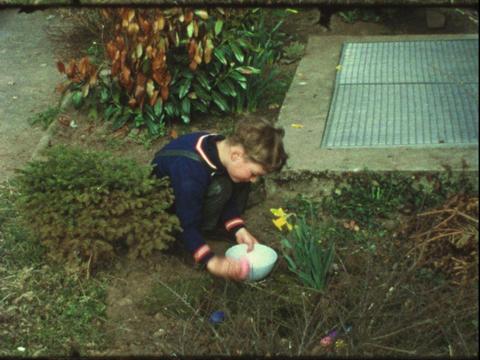 Vintage Easter 8mm 1