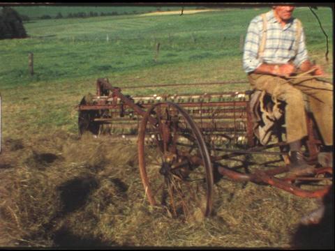 Farm life Plowing 1 ライブ動画
