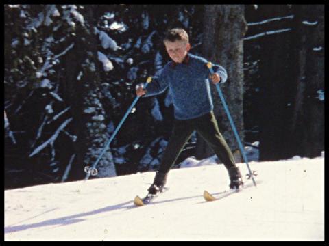 Skiing 01 Footage