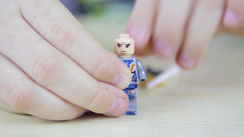 Play with Lego People 14 Live Action