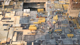 Top view timelapse video of construction site in beginning of building Archivo