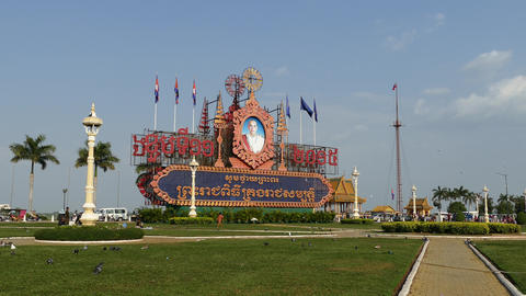 Statue with the photo of Norodom Sihamoni the king of cambodia Live Action