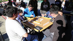 Taiwanese students playing Mahjong Taipei Taiwan ビデオ