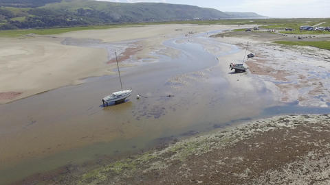 Flying up the Fairbourne Estuary Live Action