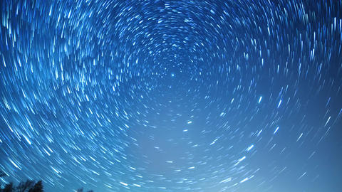 Starry sky revolves around the polar star. Leave traces in the form of fading ビデオ