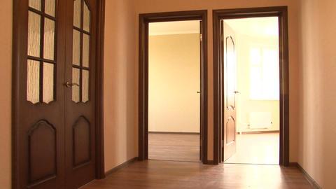 doors open 2 Stock Video Footage