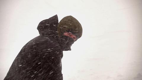 Climber on Mountain Snow Slope Archivo