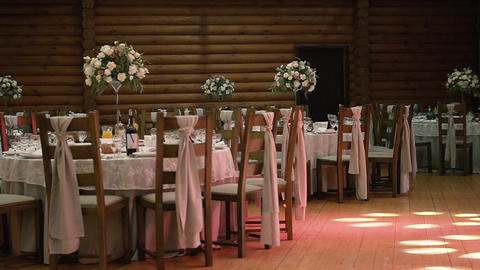 Beautiful Wedding Serving Exquisite Live Action