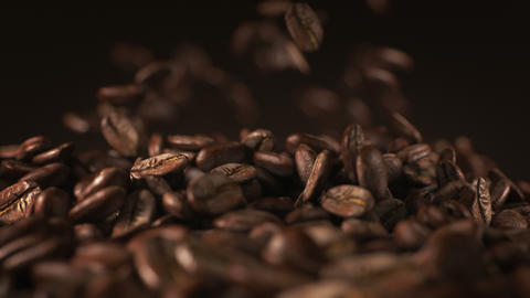 Exploding coffee beans in real super slow motion Animación