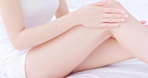 woman use cream Live影片