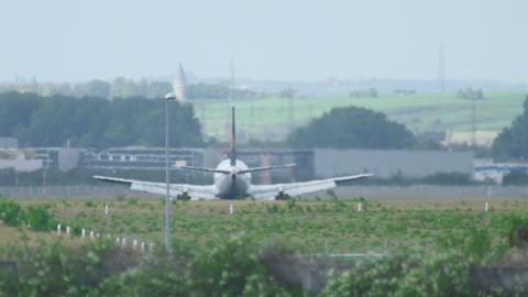 Airbus 320 landing in Frankfurt Footage
