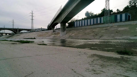 Los Angeles River and double-decker train 영상물