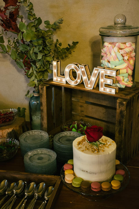 Wedding Cake with Candies and Decoration フォト