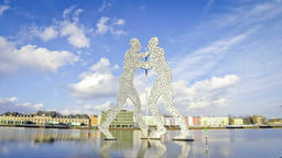 Molecule Man sculpture on the Spree River, Berlin, Germany (Time Lapse) Footage