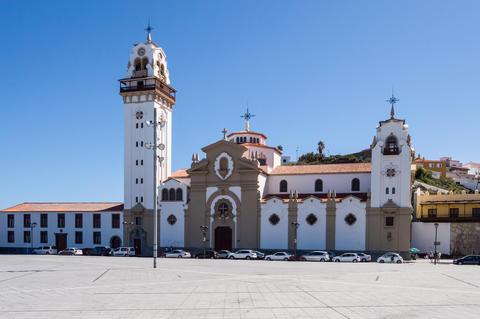 Basilica of the black virgin Candelaria on the island of Tenerif Fotografía