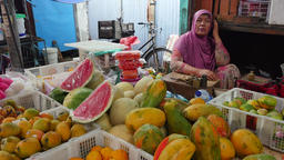 Sale of fruits on the food market in Jakarta, Indonesia Footage
