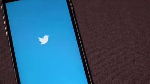 TWITTER logo on iphone screen ビデオ