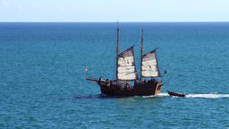 Tourist sailing ship ビデオ