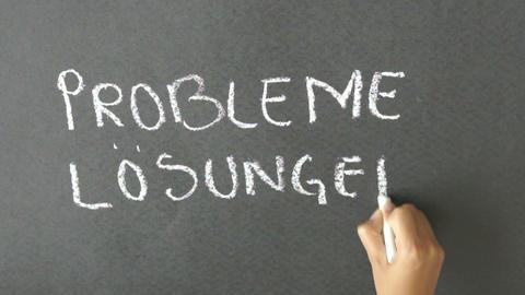 Probleme Und Lösungen stock footage