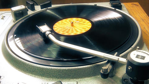 Old Turntable player vinyl record playing Footage
