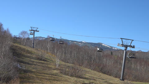 The ski lifts 영상물