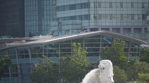 Merlion Fountain landmark in Singapore city, slow motion Live Action
