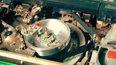 Inside Vhs Recorder: Magnetic Head start working and stop working 영상물