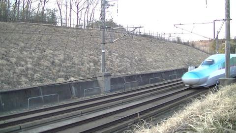 The Tohoku Shinkansen E5 series runs between Shinshirakawa and Nasu Highlands Live Action