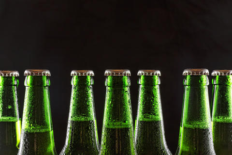 beer, cold, party, alcohol, bottle, green, freshness, refreshing, copy space Photo