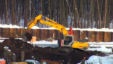dredge digs a foundation ditch Stock Video Footage