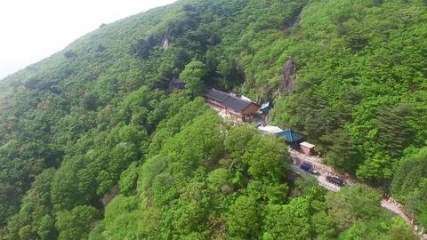 Wonhyoam Temple in Cheonseong Mountain, Yangsan, South Korea, Asia ภาพวิดีโอ