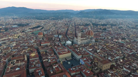 4k Aerial overlooking Florence City, Duomo and Basilica di Santa Maria Movella Footage