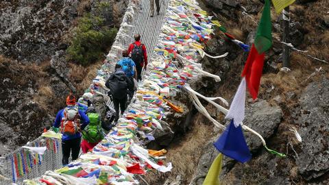 Suspension Bridge Tourists Travel Nepal Himalayas Mountains 4k Live Action