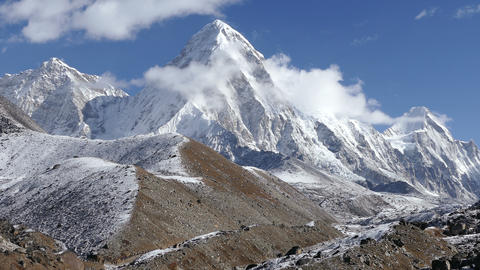 Time Lapse Pumo Ri Peak Himalayas Mountains Tourists Travel 4k Footage
