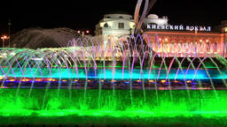 Luminous fountains in square of Europe near Kiev station in Moscow at night 영상물