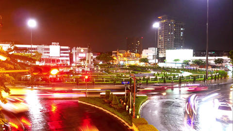 Light from the car and traffic at night. The city is crowded and chaotic in Footage