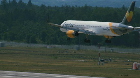 Boeing 757 of Condor airlines on final approach Footage