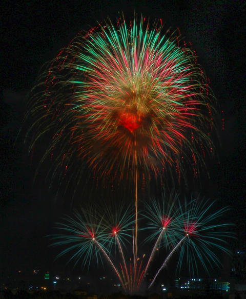 12 august queen birthday fireworks @ Leam Chabang フォト