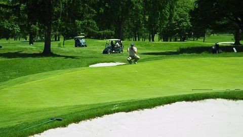 Golfer Misses Putt Footage