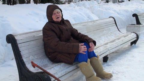 grandmother sings chastooshkas Stock Video Footage