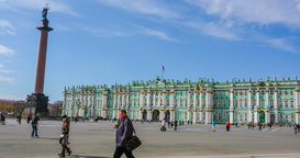 Palace square in St. Petersburg. timelapse Footage